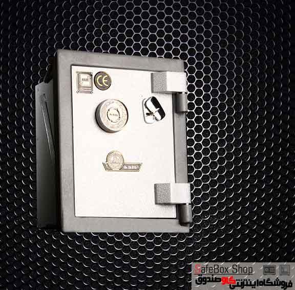 خزانه دیواری کاوه مدل 150VK